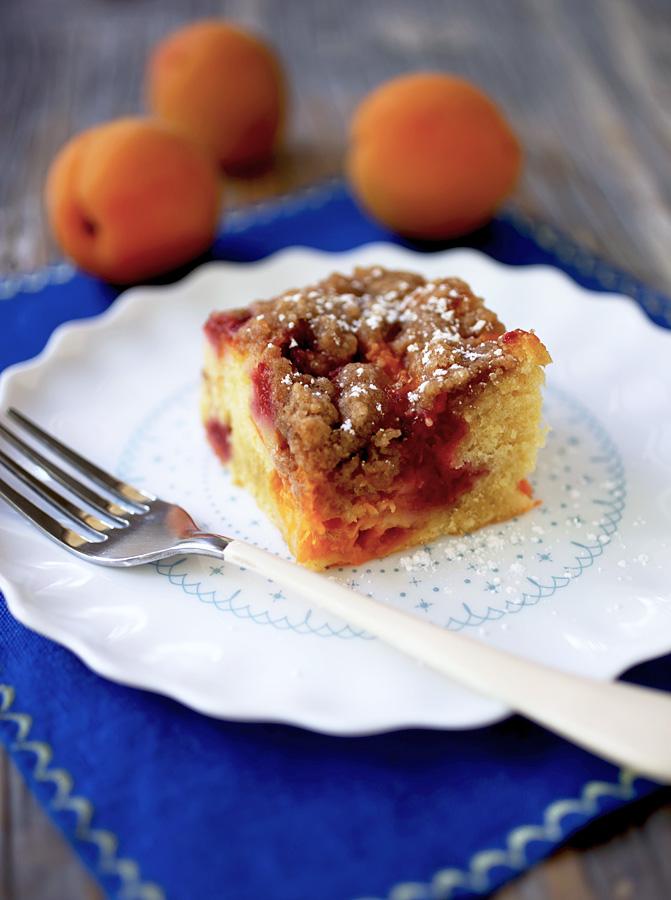 apricot_buckle.jpg