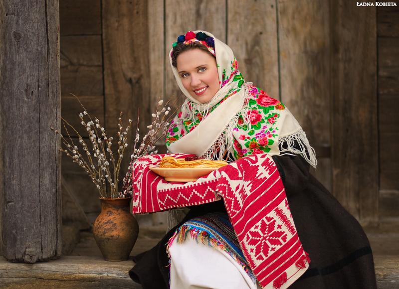 Деревенские девчата гостеприимны и без одежды  275671