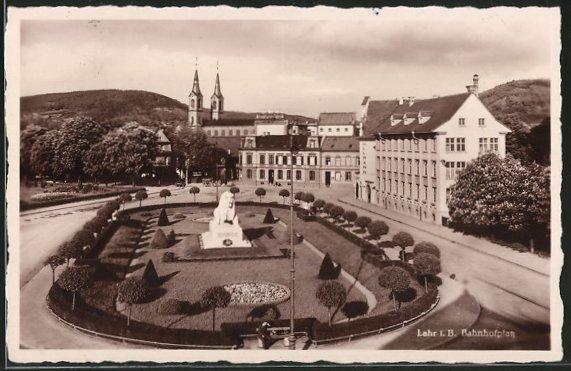 AK-Lahr-Blick-auf-den-Bahnhofplatz