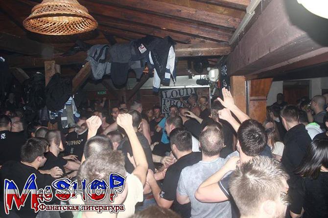 http://ic.pics.livejournal.com/lady_lads/10378739/928188/928188_original.jpg