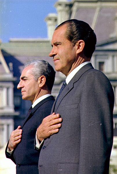 404px-The_Shah_of_Iran_and_President_Nixon_-_NARA_-_194301