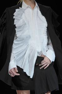 Yohji+Yamamoto+Spring+2012+Details+YNSmq-gZdaNl