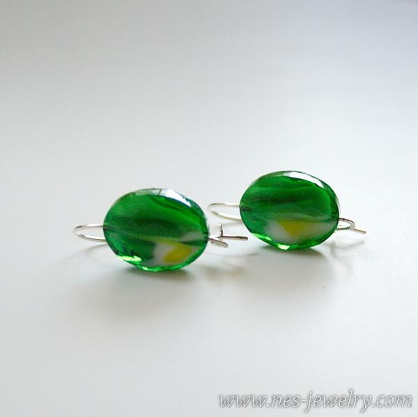 Green lampwork 01