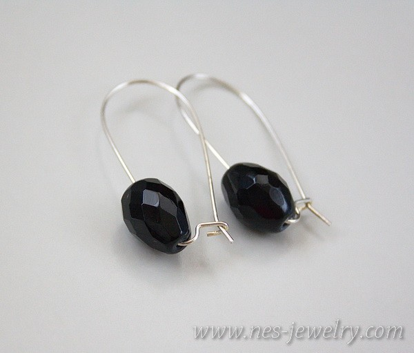 Earrings Black faceted glass beads 2