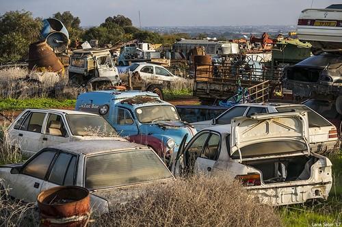 кладбище техники на Кипре