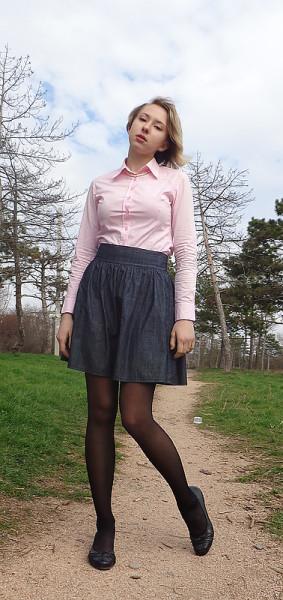 Задралась юбка слишком высоко фото 180-652