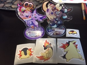 Pokebox Espeon & Umbreon acrylic stands have arrived