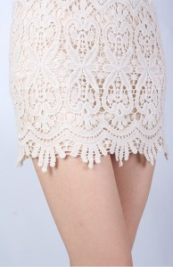crochet-skirt-in-natural