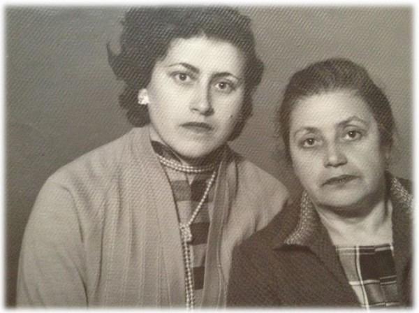 Женя с мамой