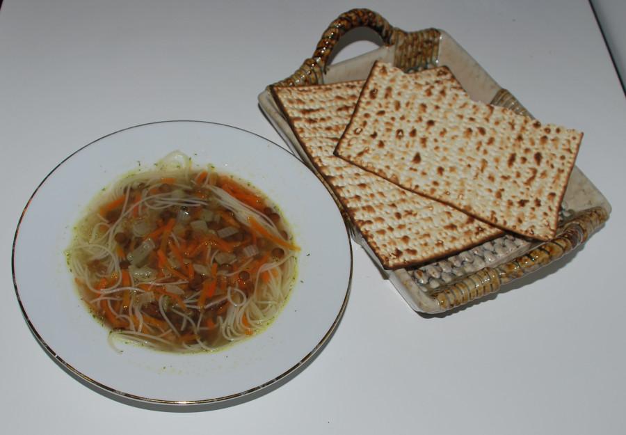 Суп с чечевицей и рисовой вермишелью 006