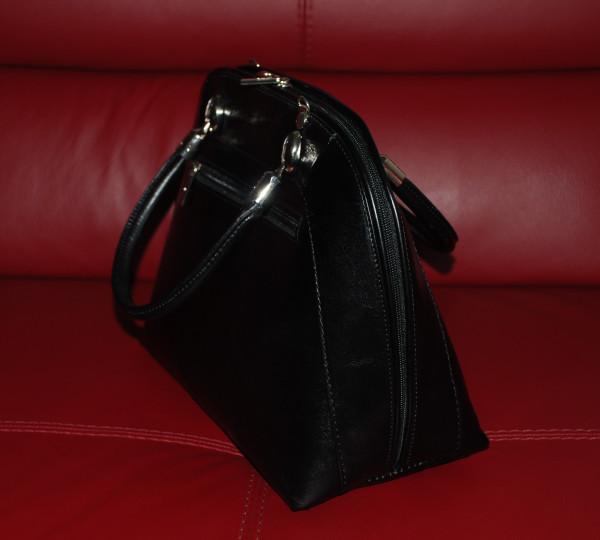 Чёрная сумочка 002