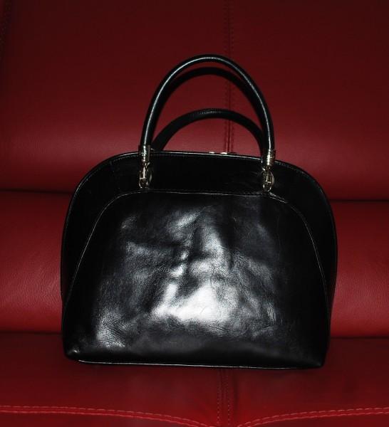 Чёрная сумочка 004