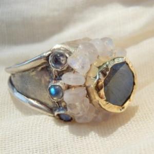 flower_ring_gold_labradorite_moonstone_1