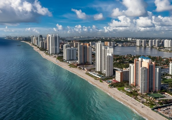 Sunny-Isles-Condos-for-Sale
