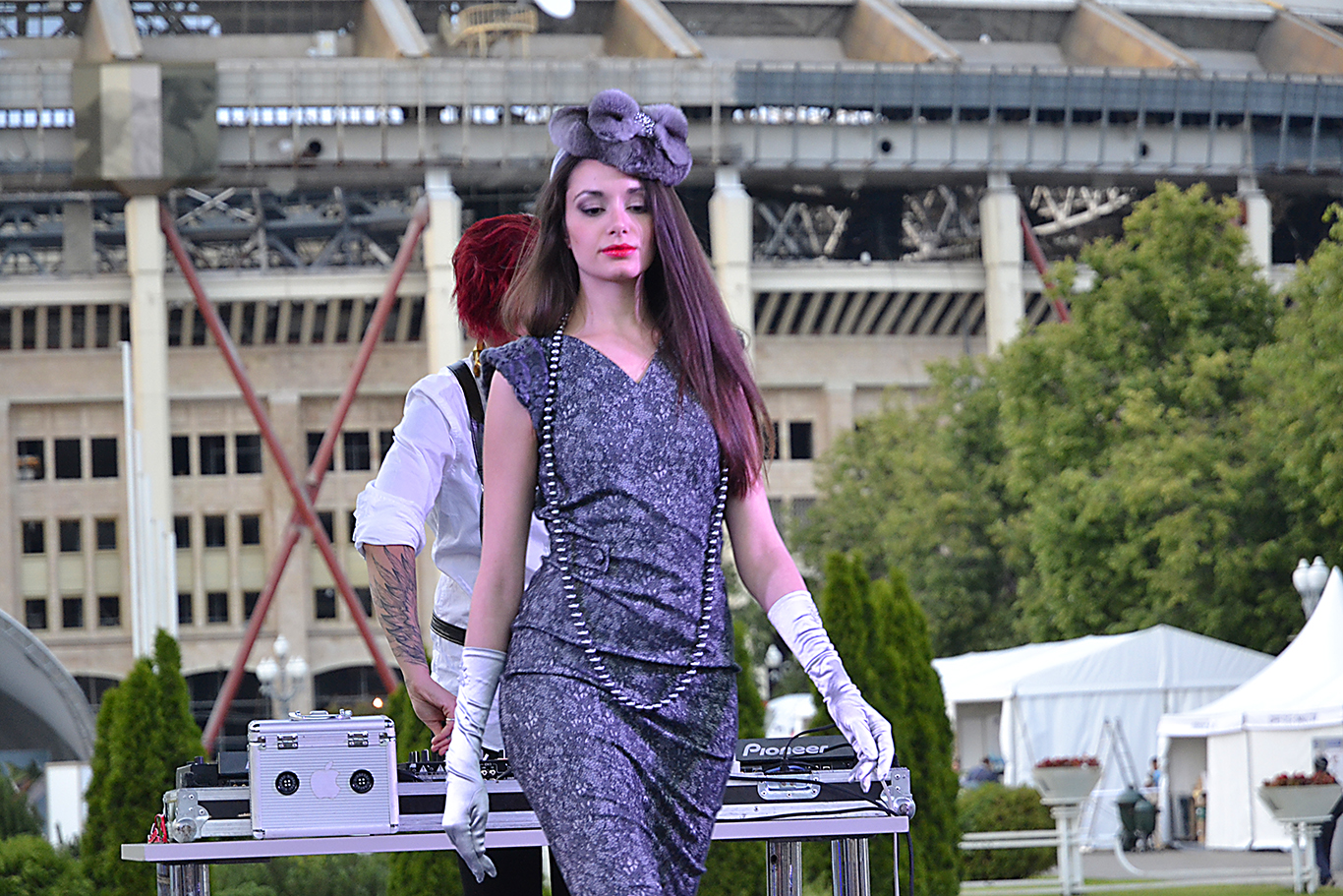 Девушки Джеймса Бонда в Москве
