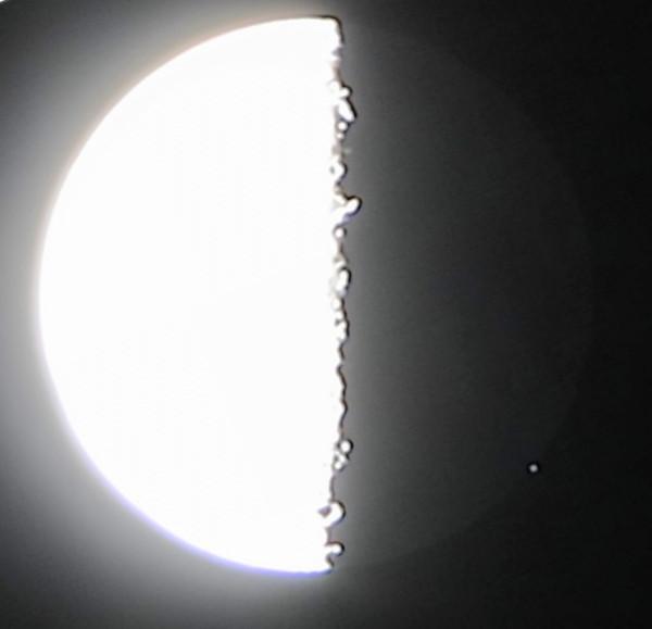 22.09.2019 - Луна и звезда Дзета Тельца - после окончания покрытия (в момент открытия) данной звезды Луной.