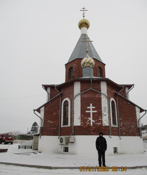 7 января 2020 г. - в Рождество Христово - у православного Храма (п. Ливадия Приморского края), где проходила праздничная служба.