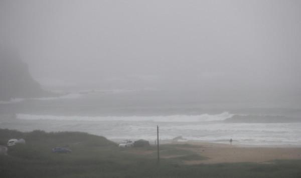 22.07.2019(на рассвете)прохождение тайфуна Данас(фото морского побережья пос.Южно-Морской).
