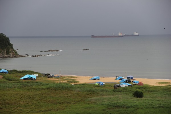 Раннее утро 08 августа 2019 г.-на побережье п.Южно-Морской-после приближения тайфуна Франциско.JPG