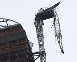 ураган в Нью-Йорке разрушил строительный кран