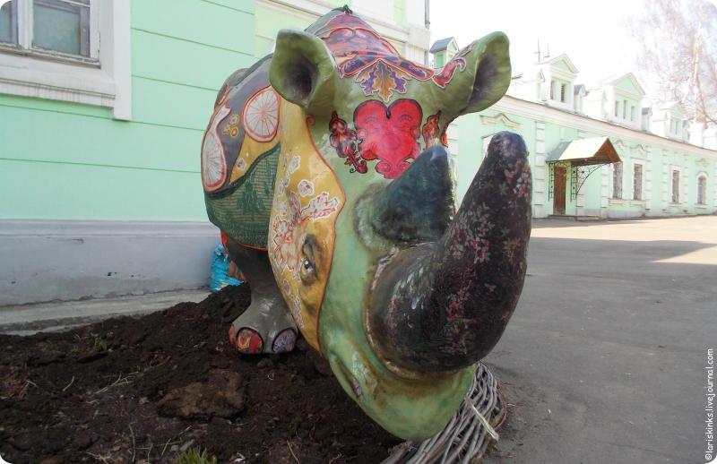 Носорог Ивановского музея ситца 04