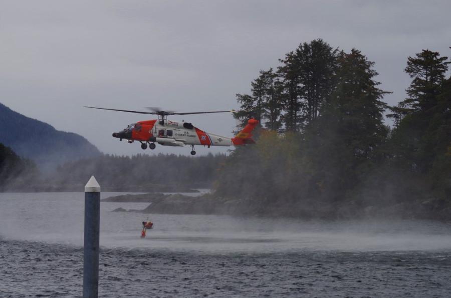 Alaska-Day-Coast-Guard-Rescue-Swimmer-4