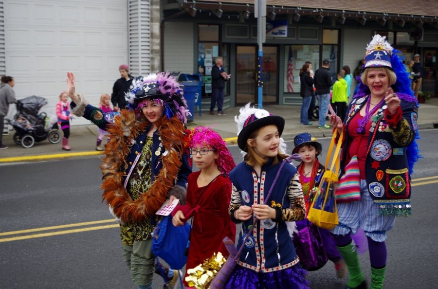 Alaska-Day-Parade-1