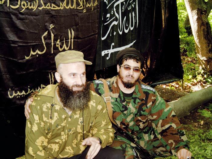 Шамиль Басаев и Абу Дзейт. Июнь 2004 года, Ингушетия.
