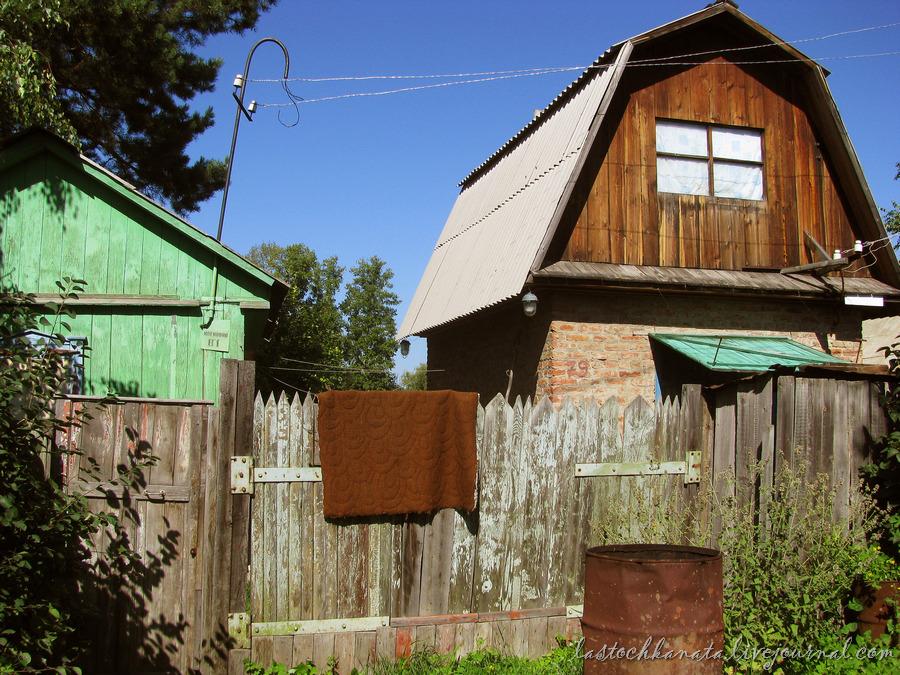 октябрьская, дворы и земляничная 037.jpg