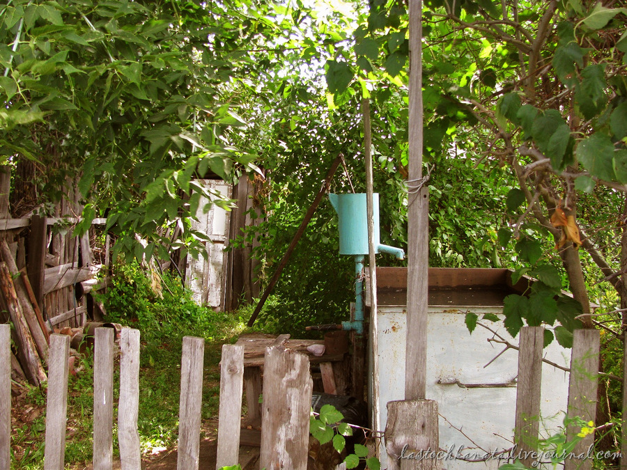 октябрьская, дворы и земляничная 092.jpg