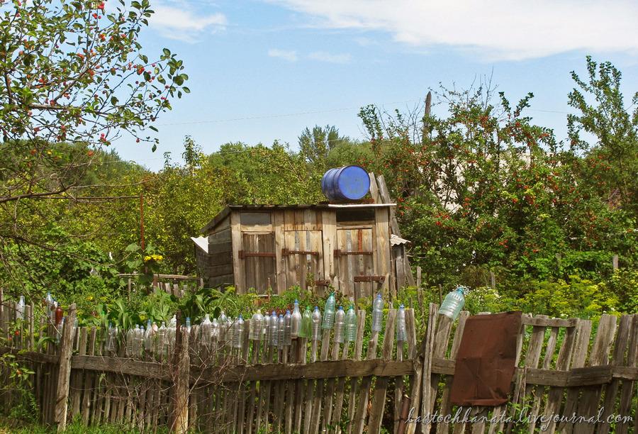 октябрьская, дворы и земляничная 128.jpg