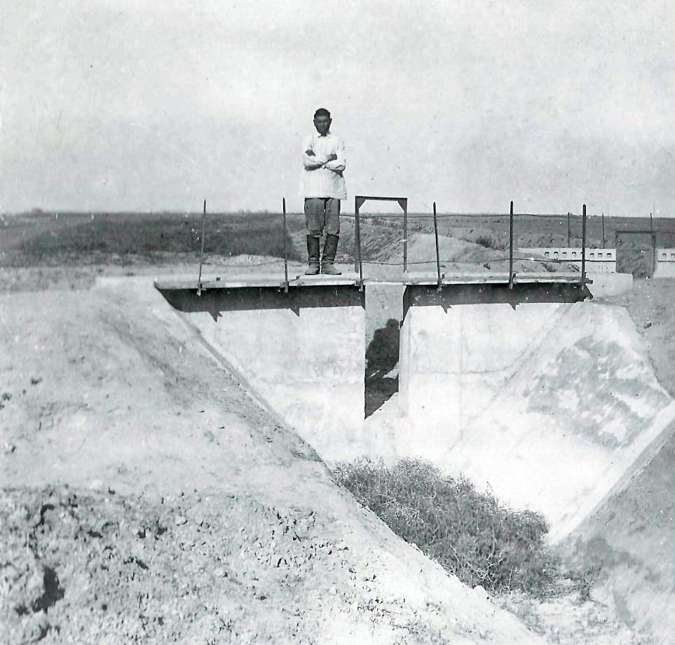 сбросное сооружение из канала Р2-15.jpg