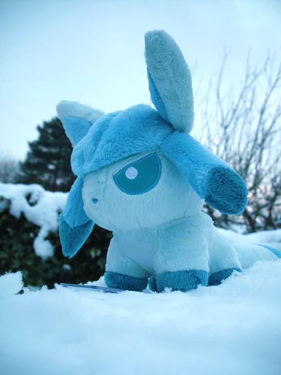 Glaceon plush snow