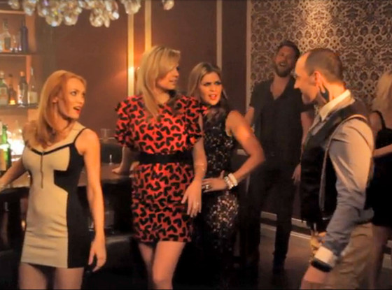 rs_560x415-140618155104-1024.kate-upton-tony-hale-lady-antebellum