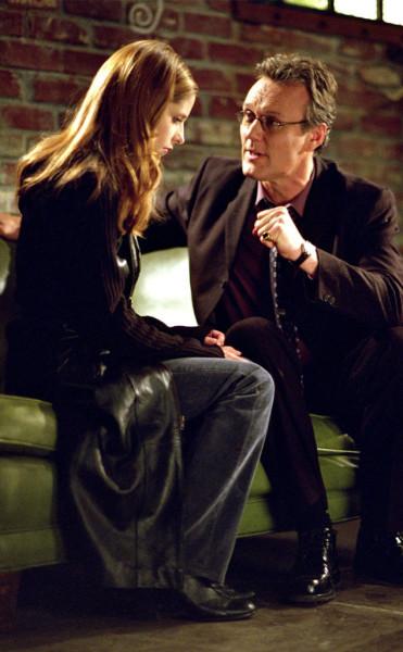 rs_634x1024-140624080617-634.Buffy-Giles-Buffy-The-Vampire-Slayer-JR-62414