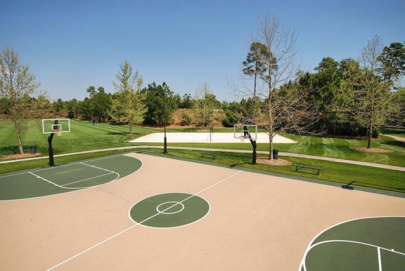 basketball-court-33cbd1-589x395