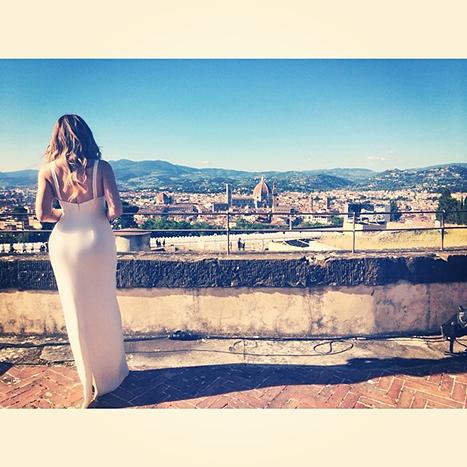 1401025187_khloe-kardashian-wedding-dress_1
