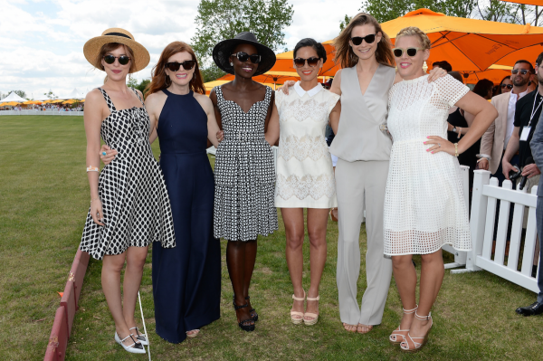 celebrities-dakota-johnson-julianne-moore-lupita-nyongo-olivia-munn-behati-prinsloo-and-busy-philipps-were-all-in-attendance