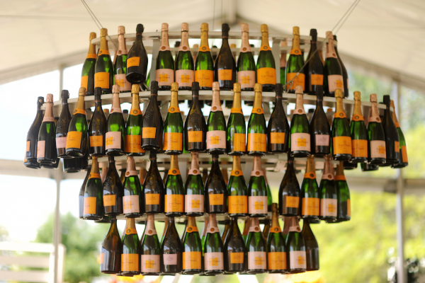 guests-were-treated-to-an-endless-chandelier-of-champagne-in-the-vip-tent