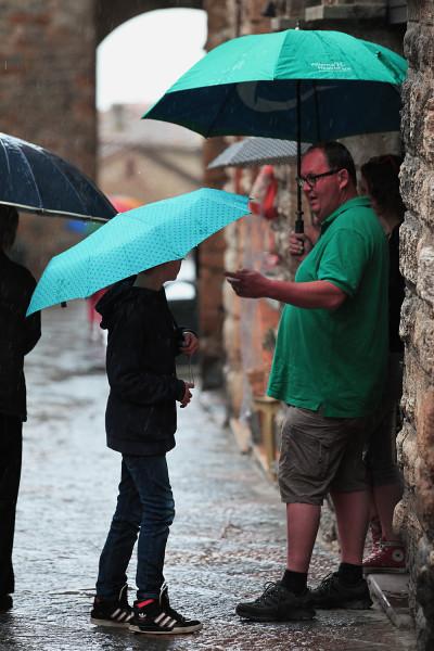 два зонтика