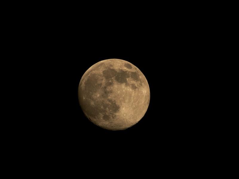 Super-Mond nennen das einige - https://de.wikipedia.org/wiki/Supermond