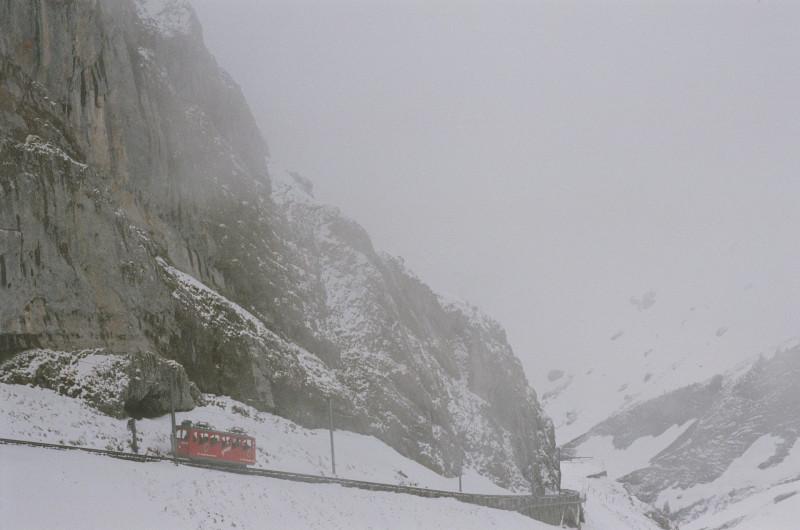 Die steilste Zahnradbahn der Welt — auf den Pilatus von Alpnachstad aus