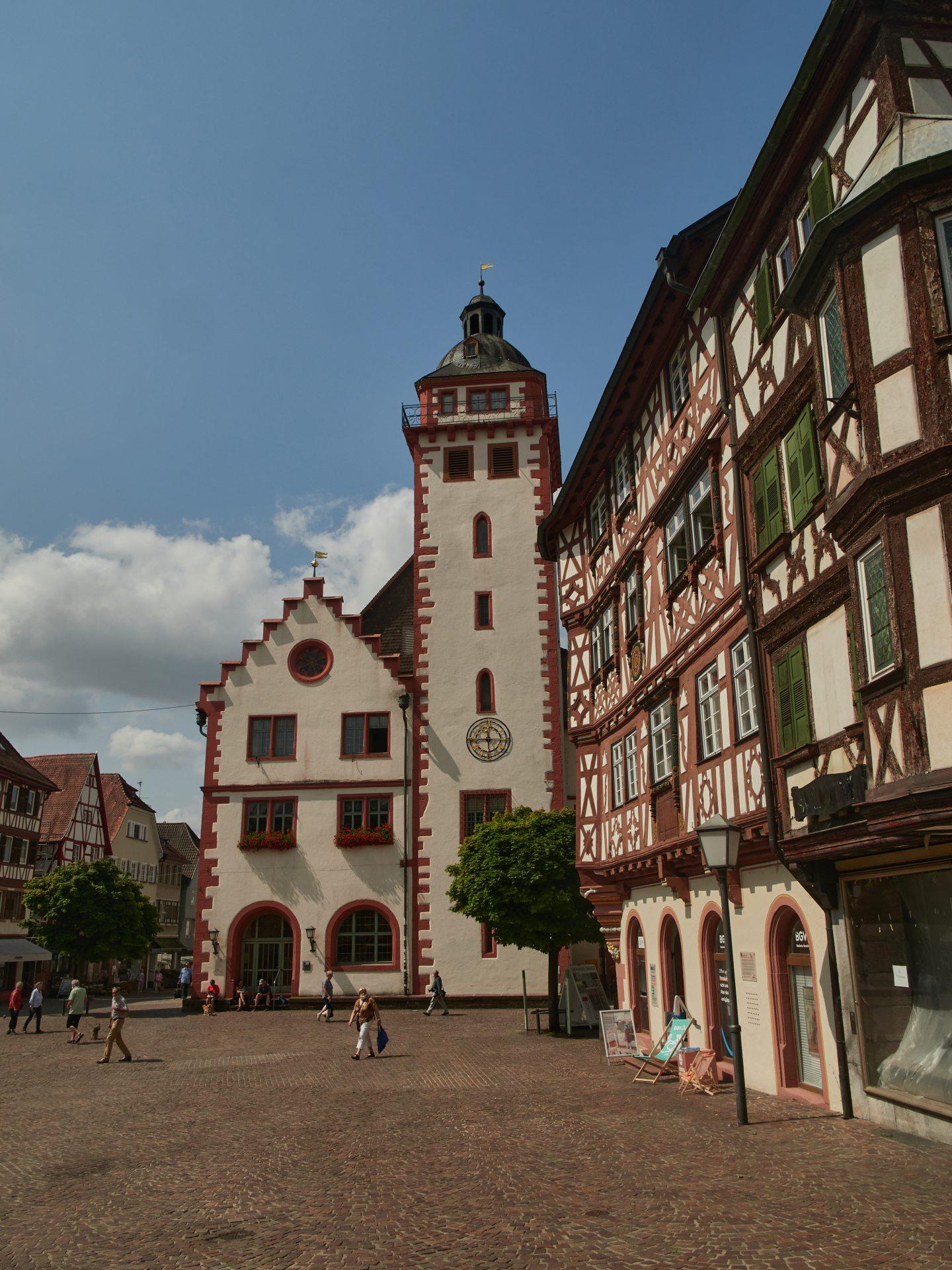 Das Rathaus wurd 1557 erbaut