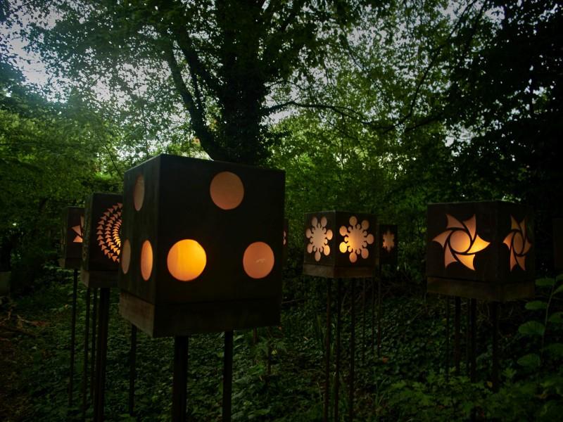 Lampen mit Kornkreismustern
