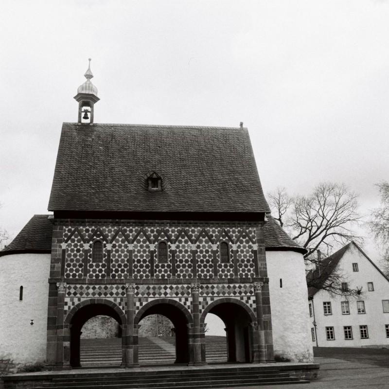 Karolingische Königshalle von Westen.