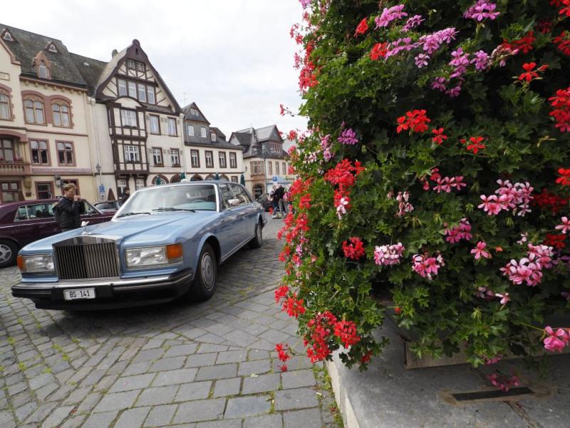 Teure Autos in Weilburg - natürlich mit schweizer Kennzeichen ;-)