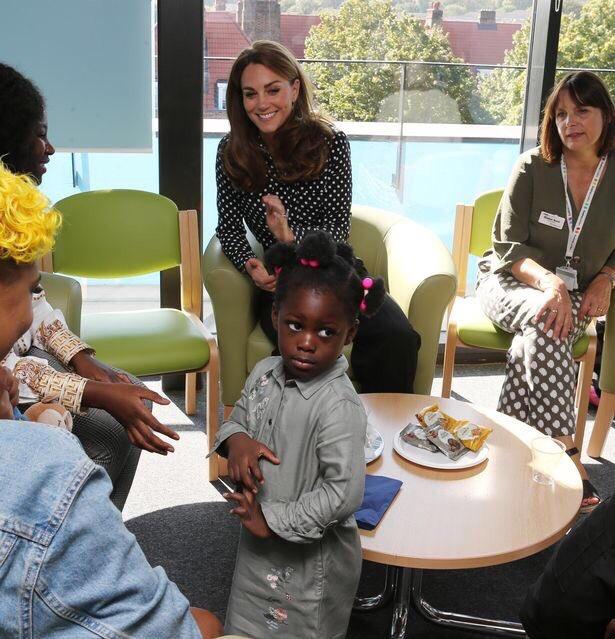 Герцогиня Кембриджская посещает центр Sunshine House.