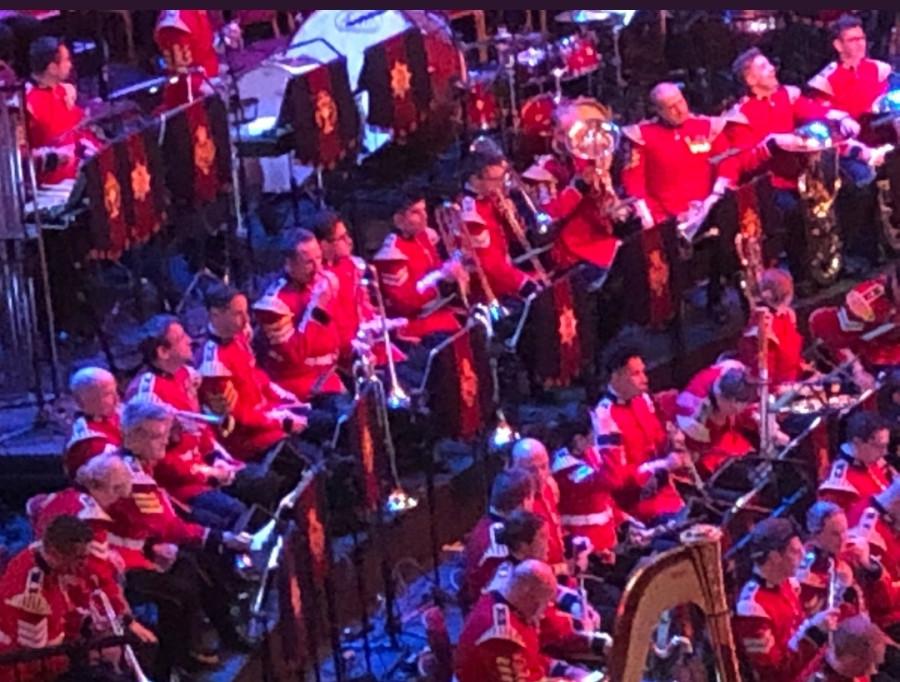 Концерт, посвященный Дню памяти в Альберт-Холле. Пост обновляется.