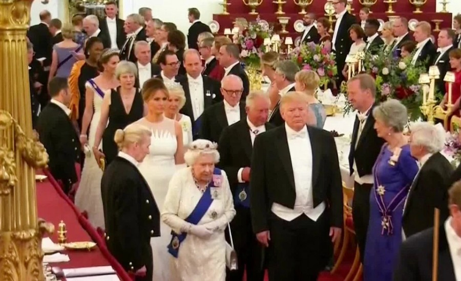 Банкет в Букингемском дворце по случаю визита президента США (пост обновляется).
