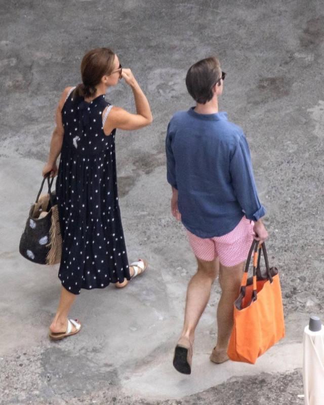 Меттьюзы на отдыхе в Италии.